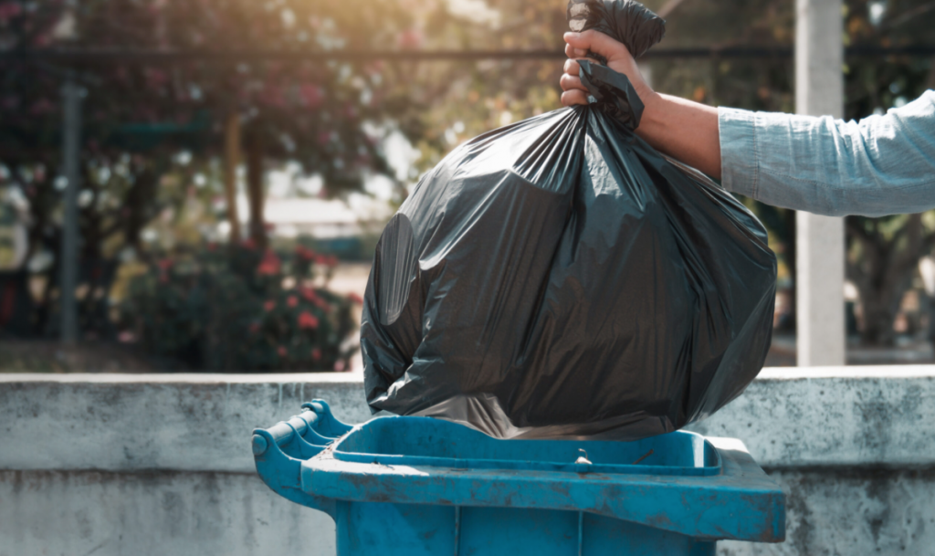 At Tote Enterprises, we have a team of proficient experts that offers Clearwater Trash Pickup to all their residential garbage and waste disposal needs.